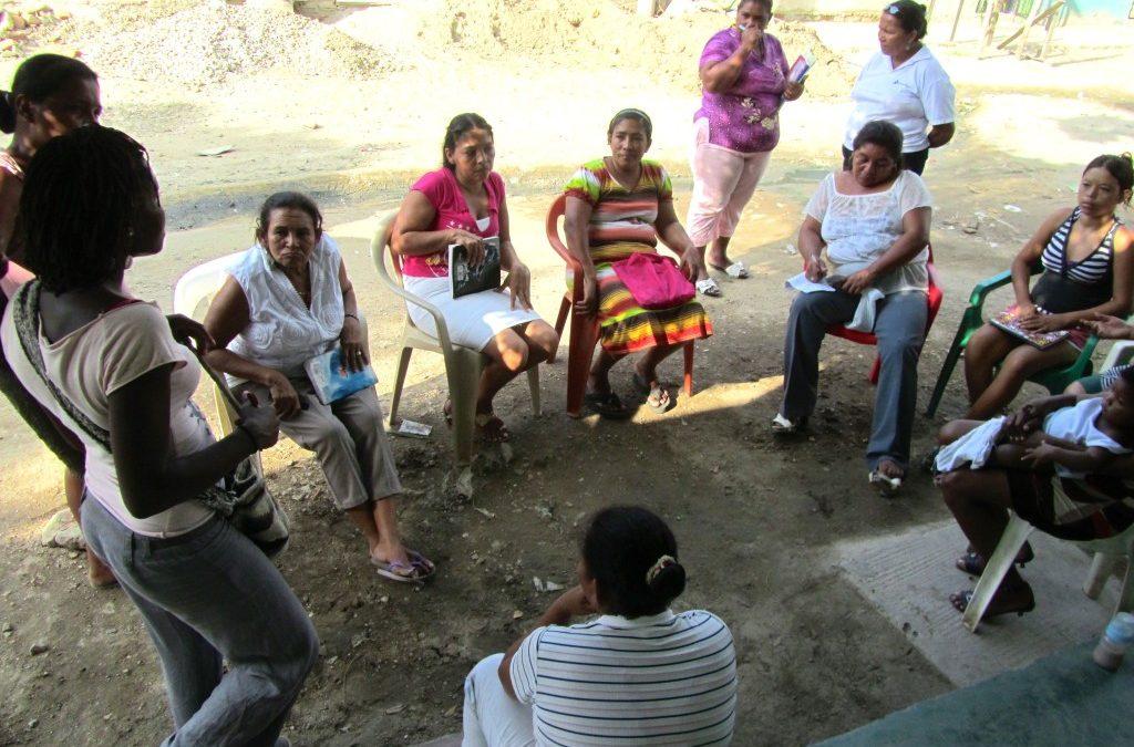 Talleres con las mujeres del barrio Oasis, Santa Marta